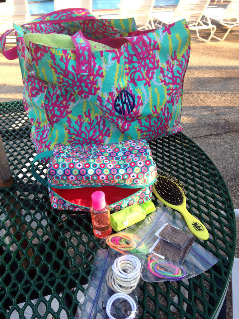 what's in my bag | polka dots and picket fences