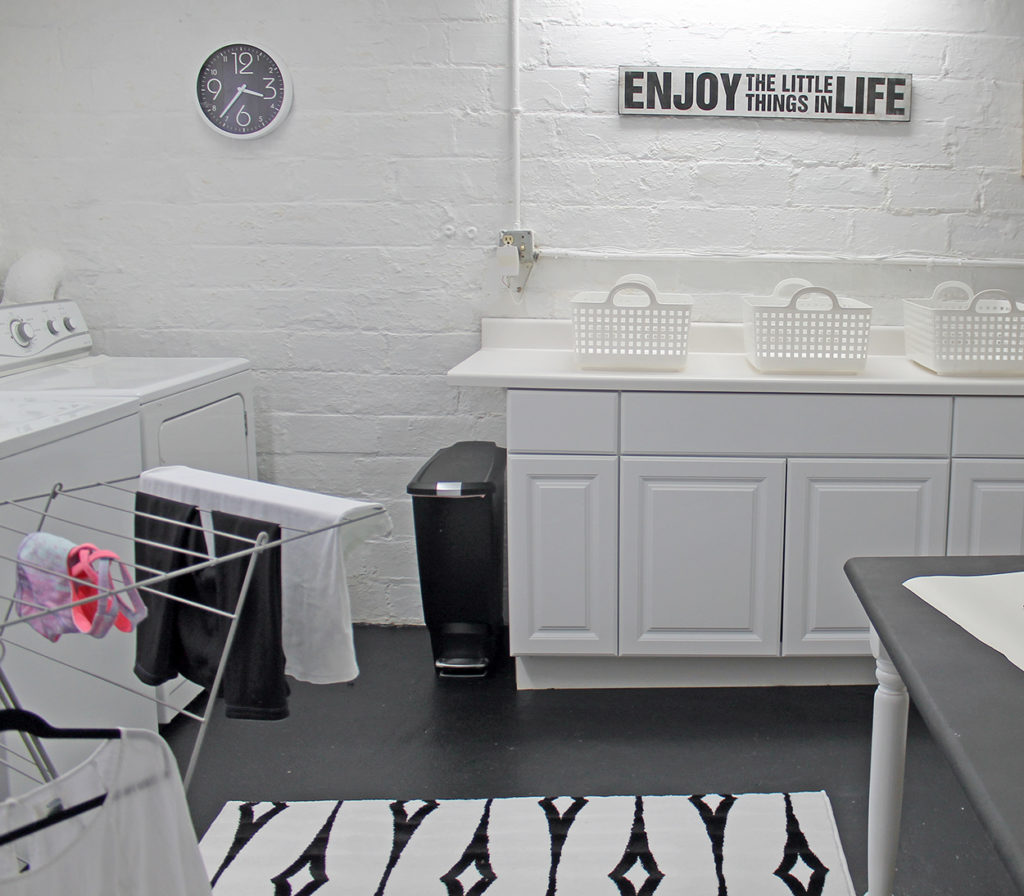 laundry room | polka dots and picket fences