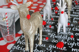 rudolph the red nosed reindeer tablescape