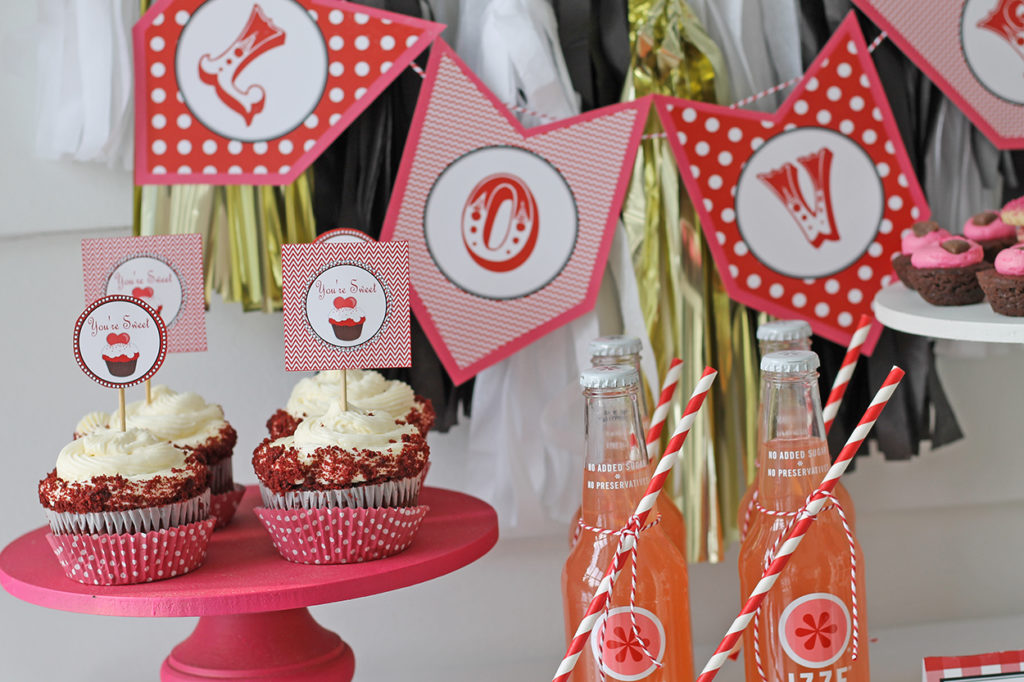 valentine printable styling | polka dots and picket fences