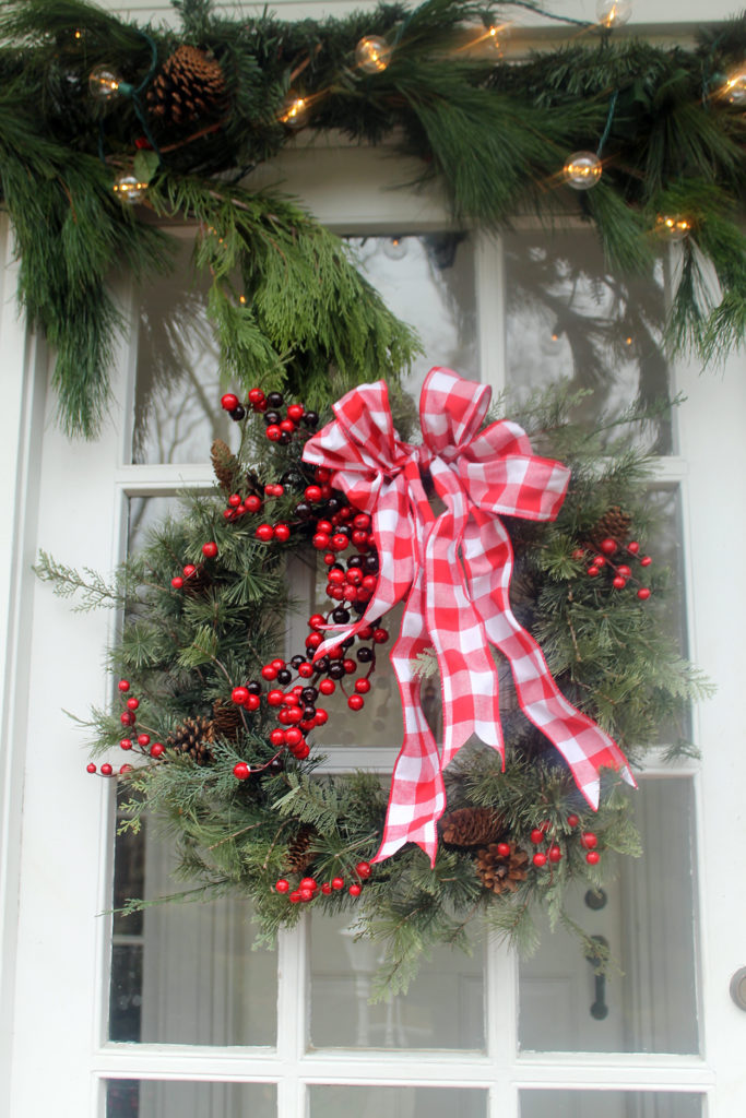 front door decor | polka dots and picket fences